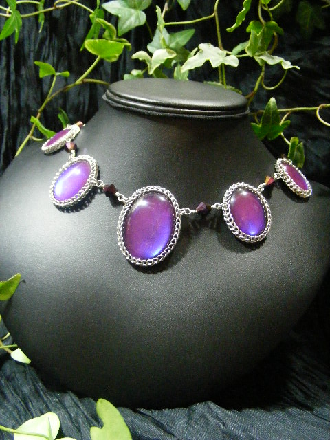5 cab persian bauble necklace