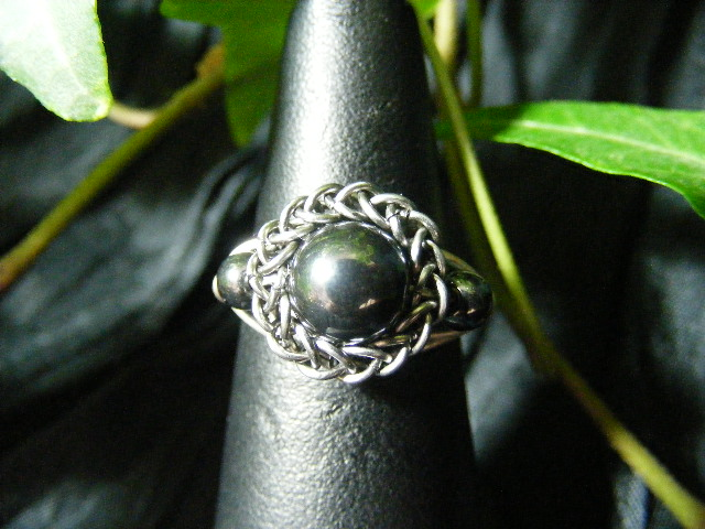Persian bezel ring with accent beads in hematite and silver