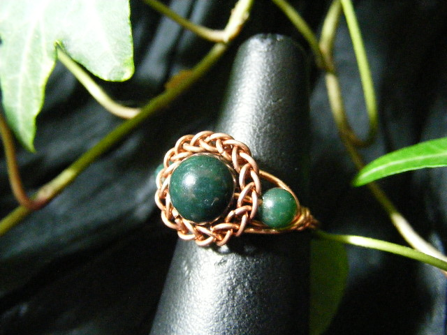 Persian bezel ring with accent beads in moss agate and copper