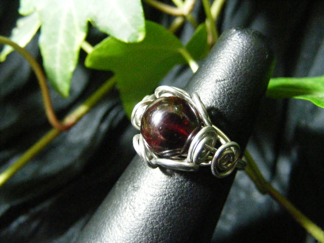 Spiral Nest Ring in garnet and silver