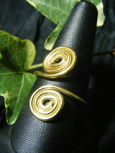 brassy aluminum spiral ring adjustable