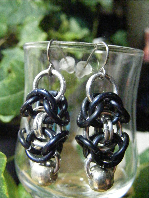 byzantine earrings with silver bead black