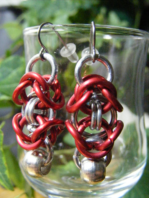 byzantine earrings with silver bead red