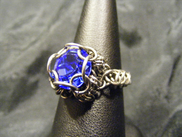 chainmail chaton blue ring