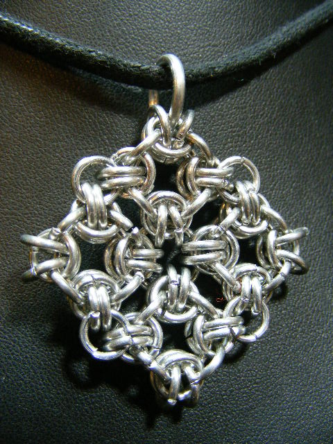 chainmaille medallion