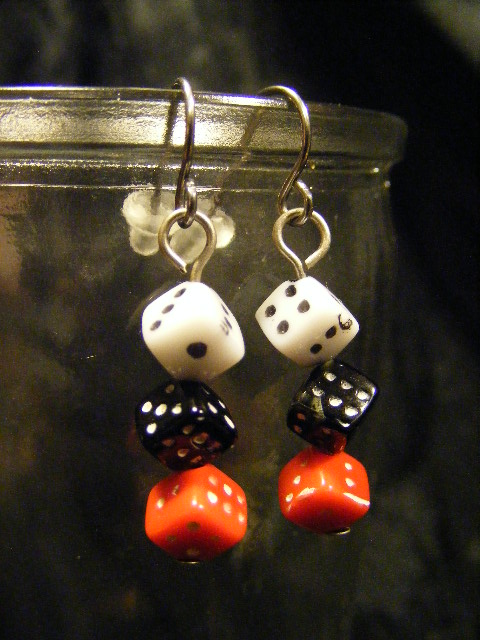 dice earrings tri color small