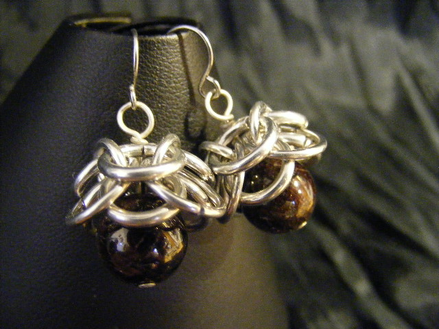 Garnet Helmcap Earrings