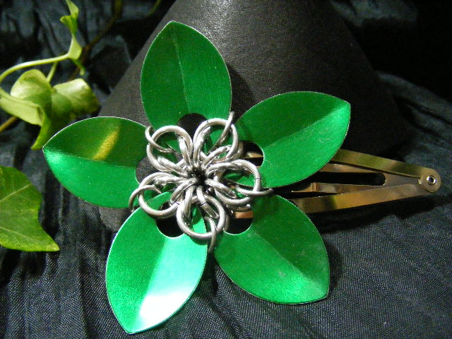 green large scale flower hair clip