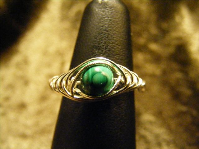 herring bone malachite ring in silver