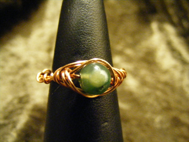 herring bone moss agate ring