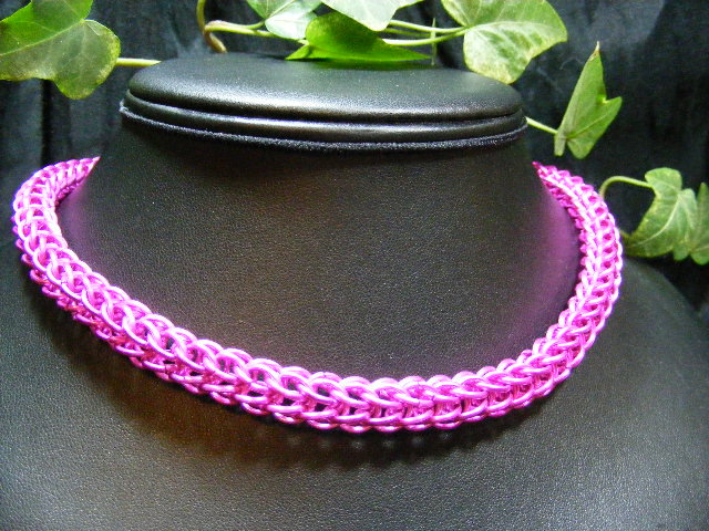 hot pink full persian necklace