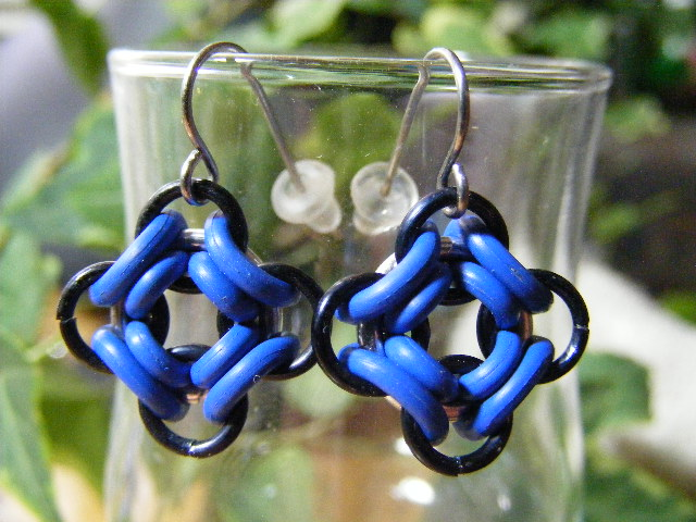 ojo de dios earrings blue