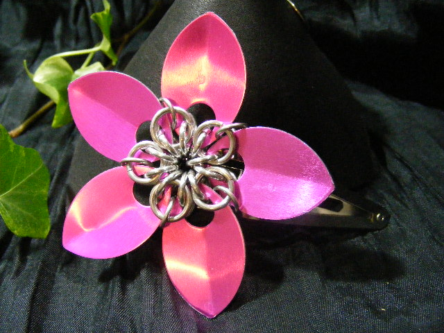 pink large scale hair flower
