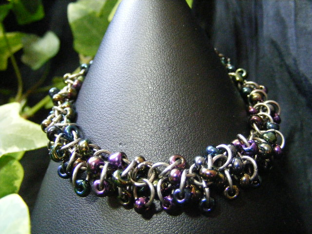 shaggy loops bracelet iris beads