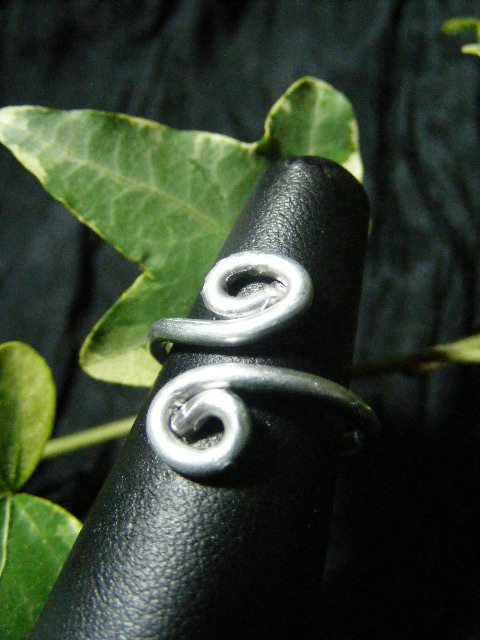 silver aluminum spiral adjustable ring