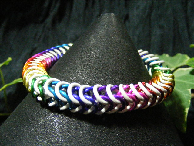 stretchy rainbow box chain bracelet