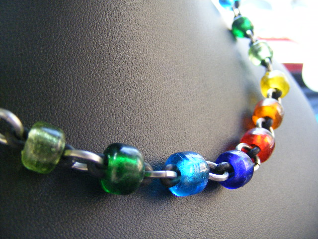 stretchy rainbow necklace
